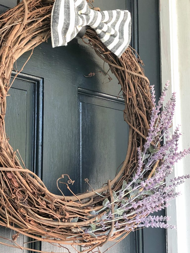 How to Make A Lavender Wreath for your Farmhouse Front Porch